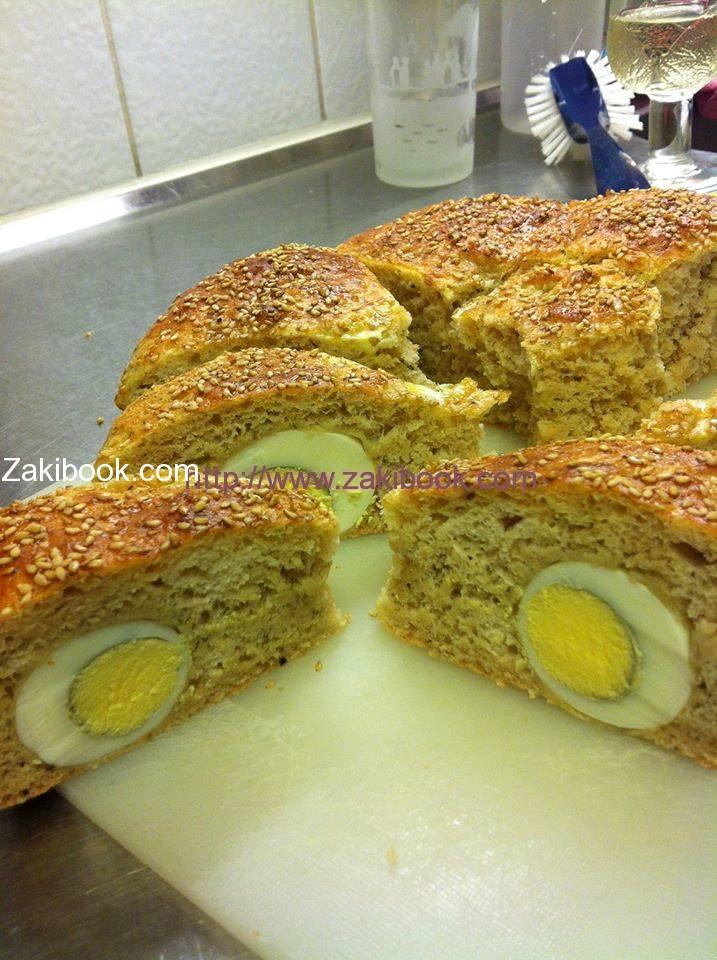 كيكة الخبز بالبيض المسلوق Cake Bread