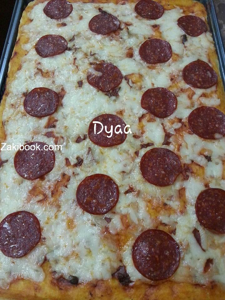 طريقة عمل بيتزا بيبيروني