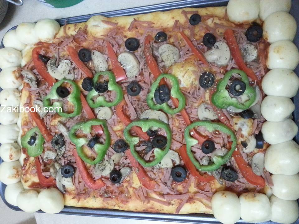طريقة عجينة البيتزا السحرية الهشة