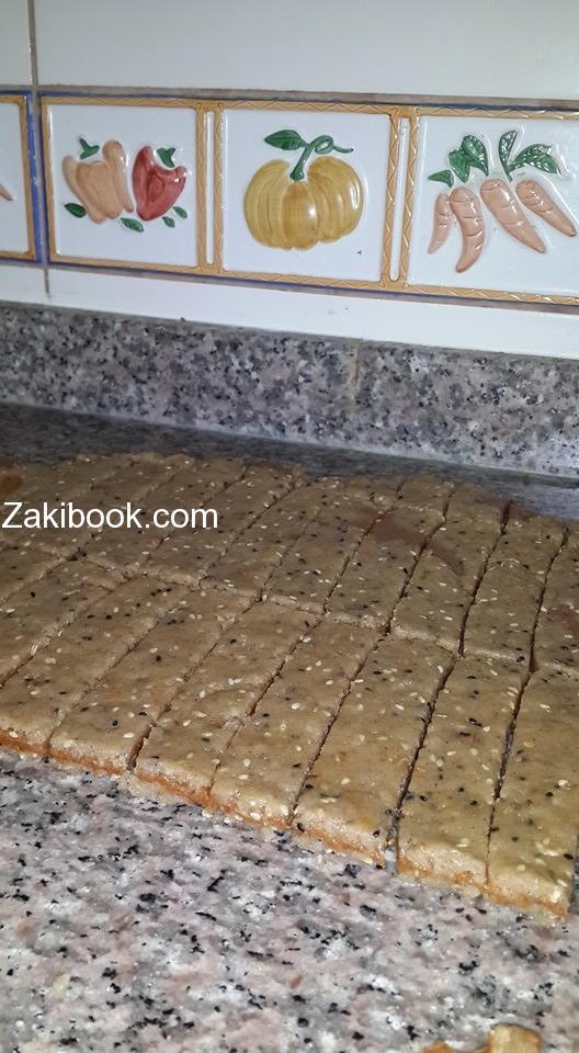 الكليجة بالتمر على طريقه محافظه دير الزور السوريه
