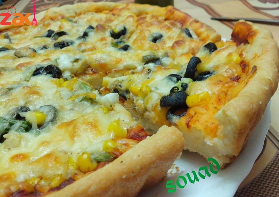 بيتزا الخضار الشهية محبوبة الكبار والصغار