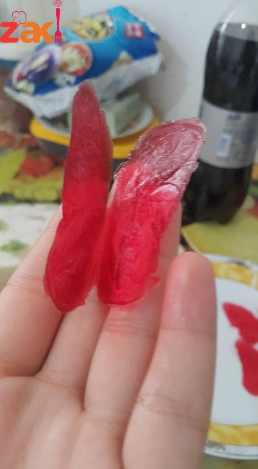 كيف تصنع فراشات قابلة للأكل بمكونات بسيطة