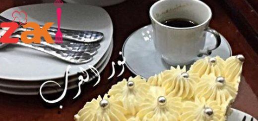 كريمة الزبدة والشوكلاالبيضاء حلوة جدا بتغليف وتزيين التورت والكيك