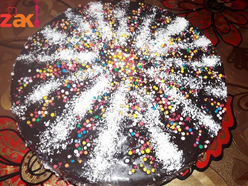 طريقة عمل كيكة الشوكولاتة المفضلة للجميع