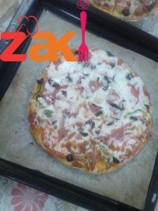 عجينة البيتزا الايطالية على أصولها
