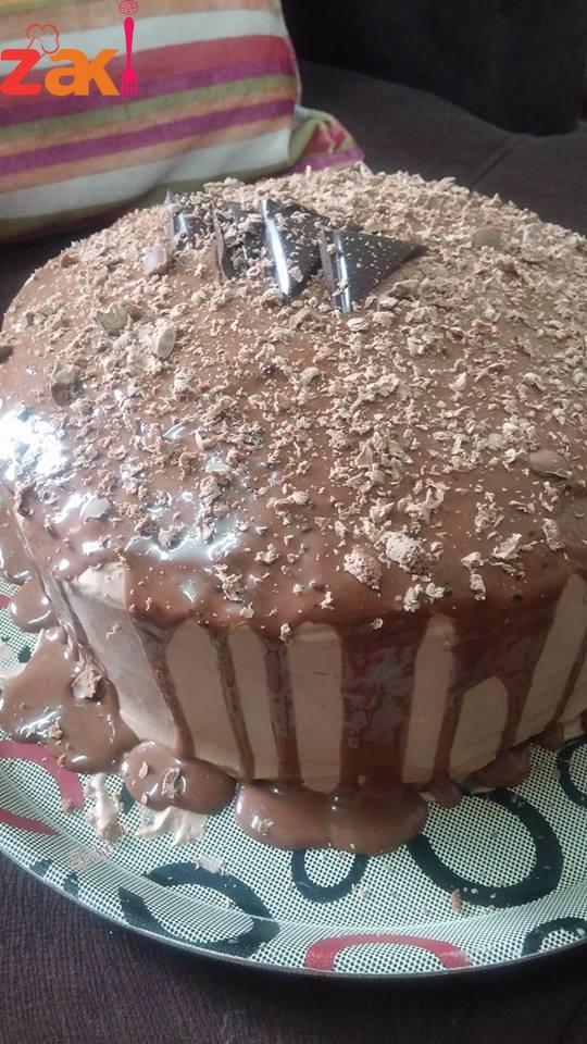 كيكه الشوكولا الاسفنجيه اللذيذة يمي يمييي