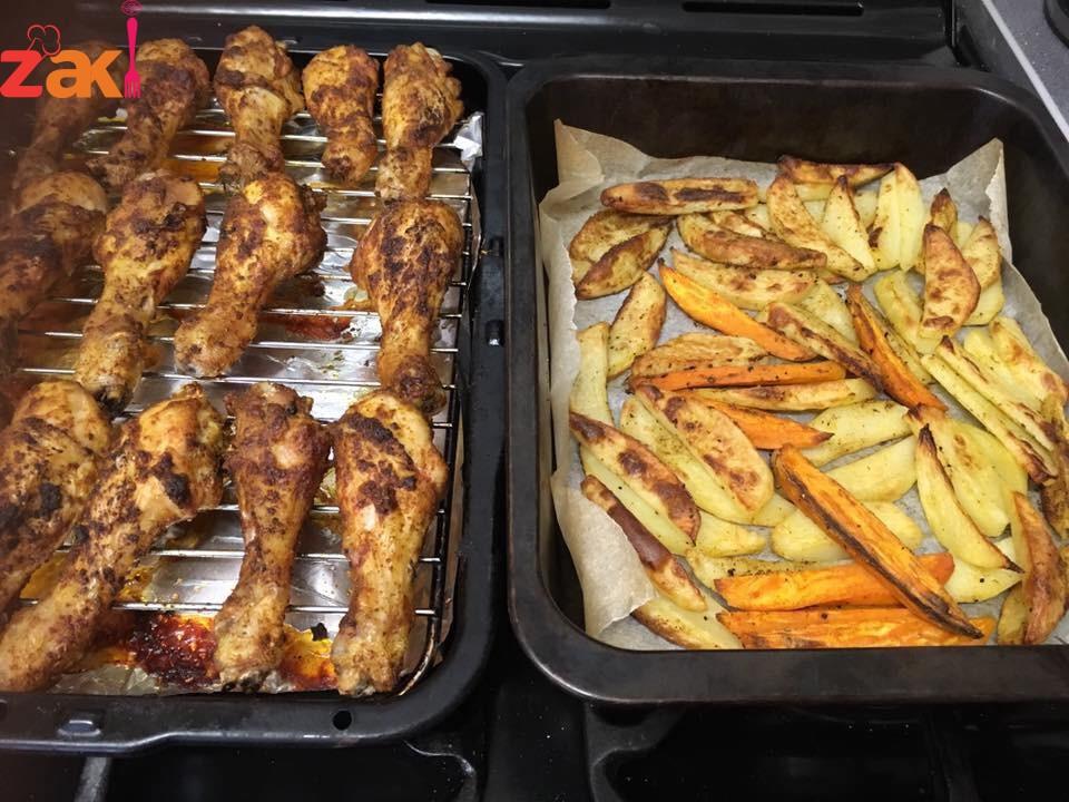 دبابيس الدجاج المشوية وطريقة شوي البطاطا بالفرن