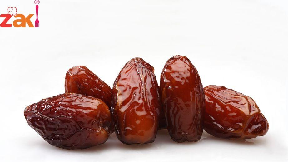 أنا بستغرب جداً من الناس اللي ما بتاكل تمر إلا في رمضان والسبب عجيب