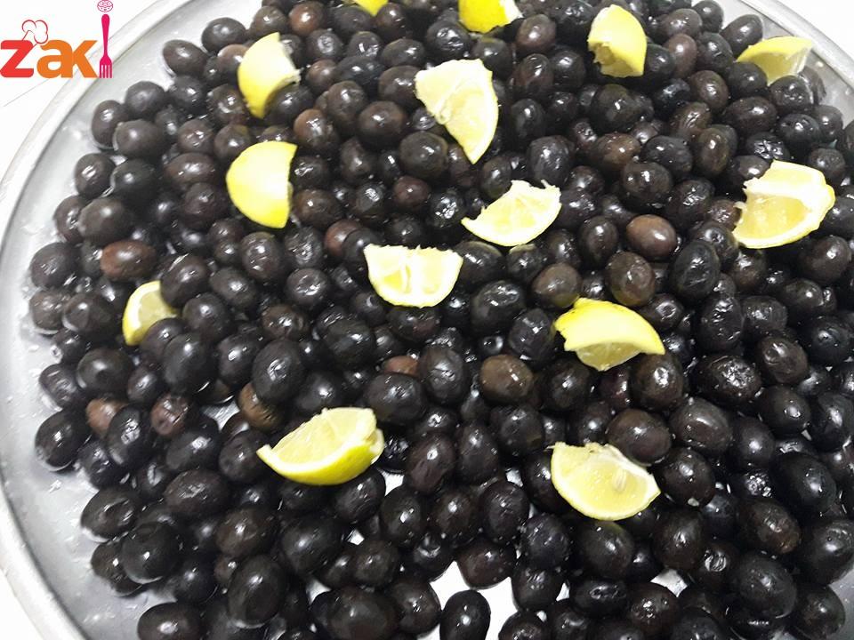 طريقة عمل الزيتون الأسود
