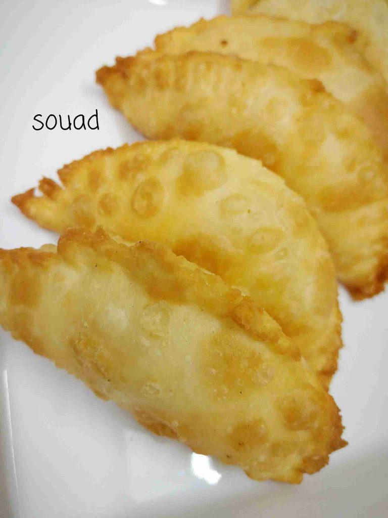 #ملكة_الاطباق_الجانبية_رمضان.... سمبوسة الجبن بعجينة روووعة مقدمة من الشيف المميزة souad hosna. وصفة مفضلة احفظوها عندكم