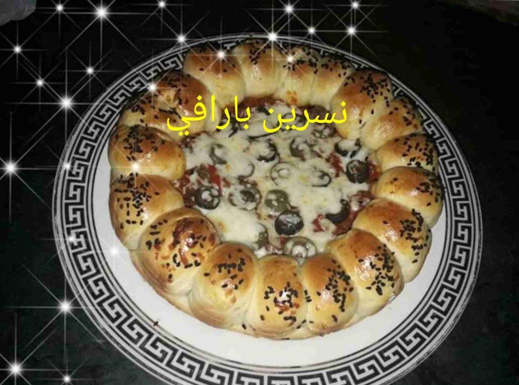 معكم صديقة زاكي الشيف نسرين بارافي اطيب بيتزا شهية ولذيذة