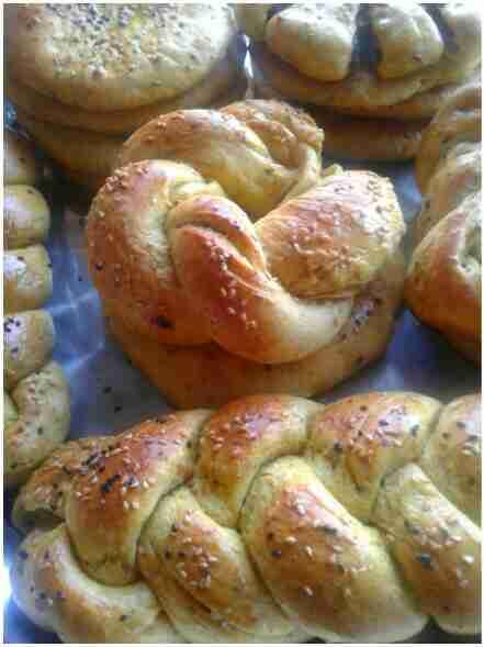 خبز العيد بالتمر