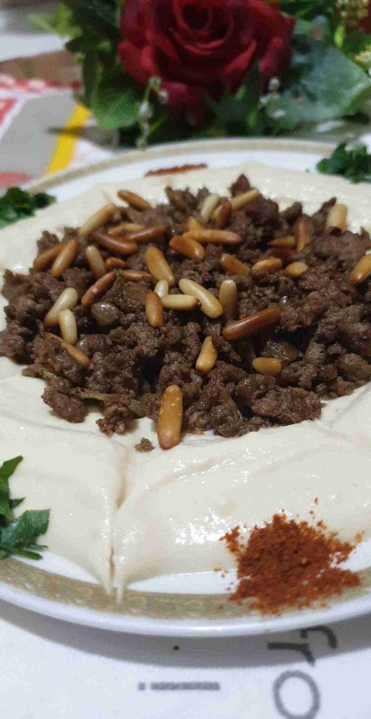 حمص باللحمه والصنوبر طبق فاااااخر عالآخر ملكة رمضان