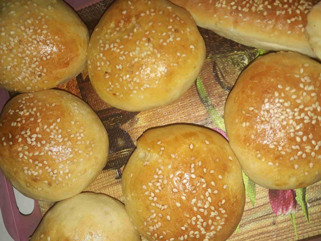 *خبز الهمبرغر*